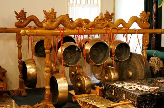 Alat musik tradisional Bende yang terkenal