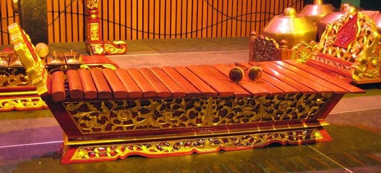 Alat musik tradisional Gambangan
