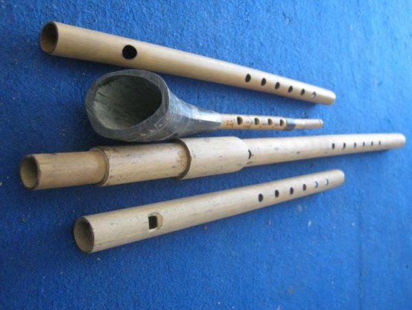 Alat musik tradisional Serangko