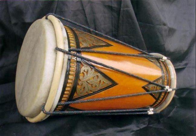 Alat musik tradisional Tambua & Tansa