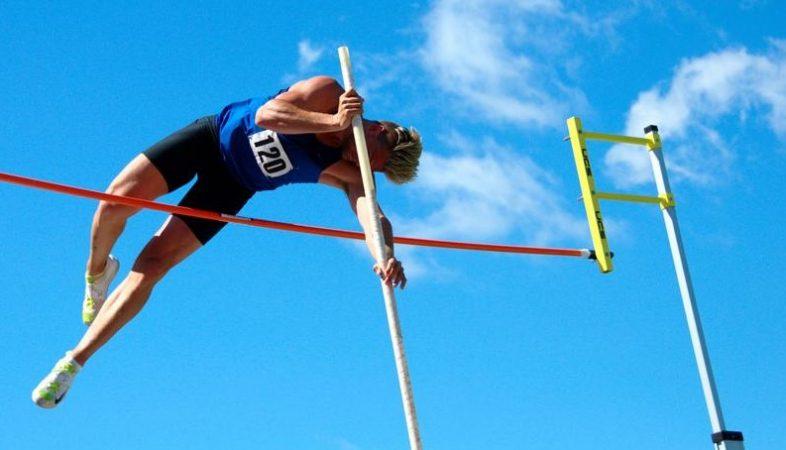 Atletik Lompat Tingg internasionali