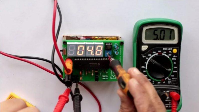 Cara Menggunakan Voltmeter