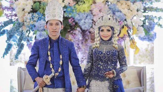Baju Adat Lampung Pria